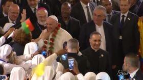 Il Papa visita la cattedrale di Rabat: folla di fedeli in Marocco