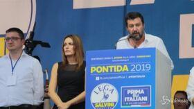 """Salvini: """"Celebriamo nostra vittoria, preferisco cedere ministeri ai traditori"""""""