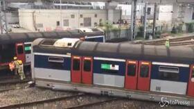Hong Kong, deraglia treno all'ora di punta: diversi feriti