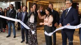 """A Torino inaugurata la nuova Rinascente, Appendino: """"Investimento importante su simbolo della città"""""""