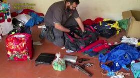 Armi, esplosivi e cocaina in un garage di Reggio Calabria: arrestato 31enne
