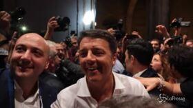 Bagno di folla per Renzi alla Leopolda