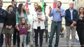 """Salvini: """"Renzi è un pallone gonfiato e un ladro di democrazia"""""""