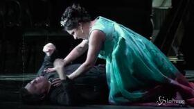 """Milano, la """"Tosca"""" di Puccini incanta la Scala"""
